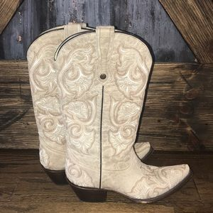 CORRAL Grey Embroidered Leather Cowgirl Boots